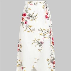 Flower Asymmetrical Skirt - White